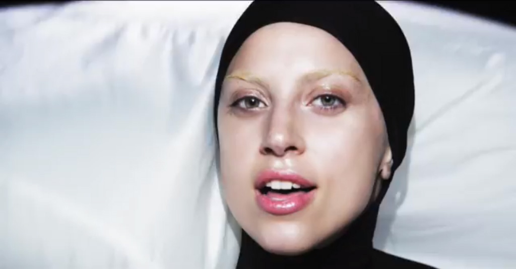 Applause – Lady Gaga
